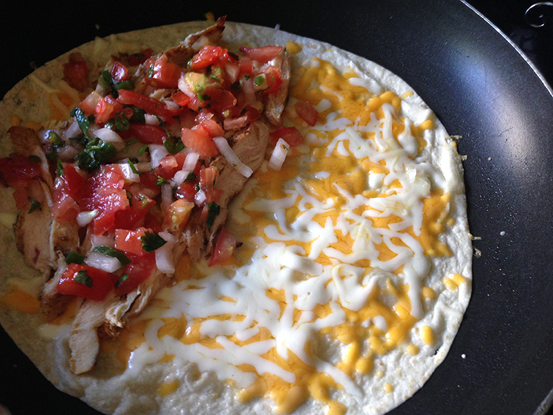 Tortilla with Cheese Chicken and Pico