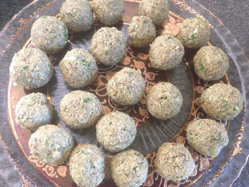 Rolled Quinoa and Lentils Meatballs