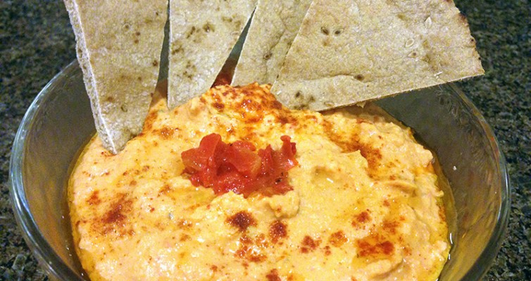 Spicy Roasted Pepper and Jalapeno Hummus