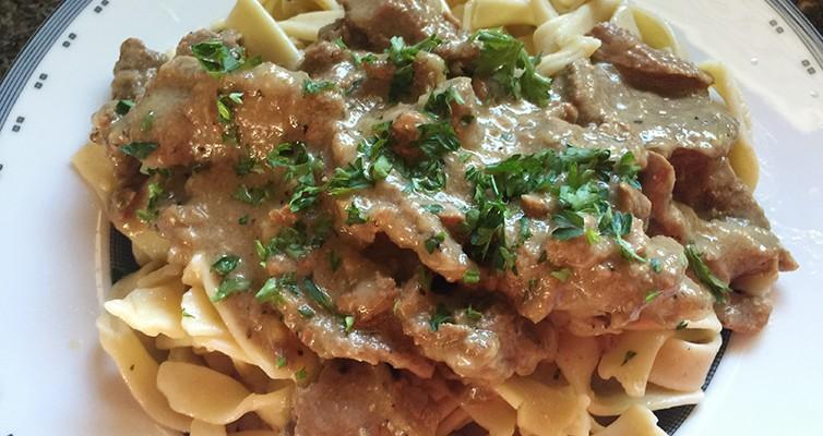 Beef-Stroganoff Over Noodles